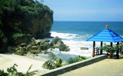Pantai Ngedan: Pesona Pantai Baru Berpasir Putih di Gunung Kidul