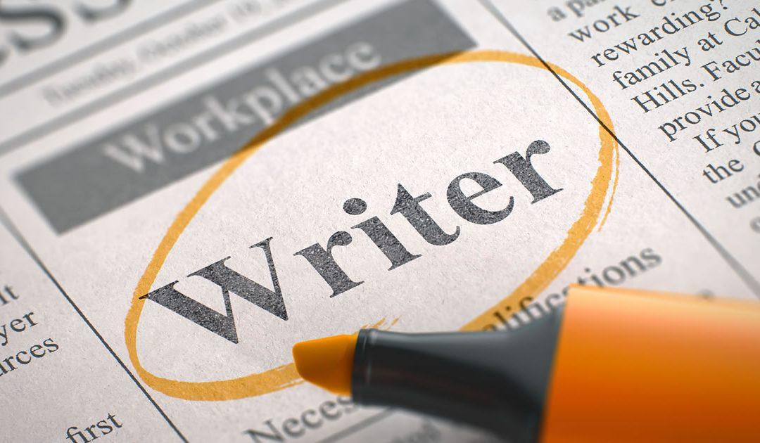 Perbedaan Content Writer Online dengan Penulis Media Linier